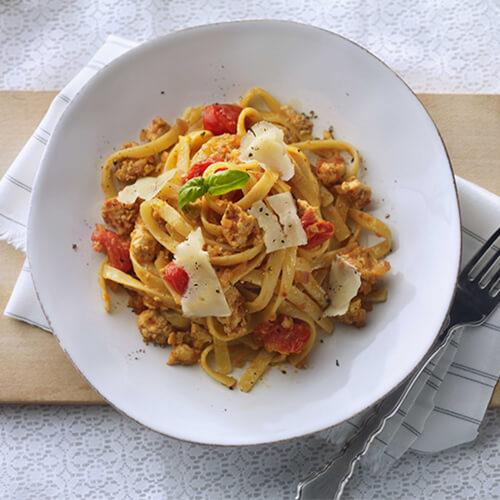 Turkey Tomato Pesto Fettuccine